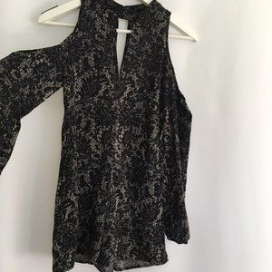 One Clothing Cold Shoulder Romper XS